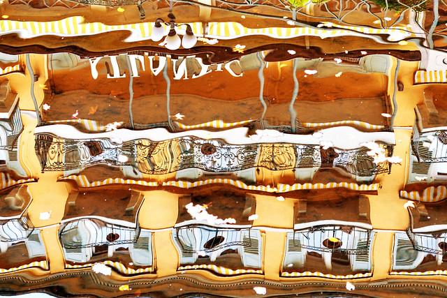 Spiegelungen / Reflexionen ... Bild für einen Fotowettbewerb des Netzwerks Fotografie ... Brigitte Stolle