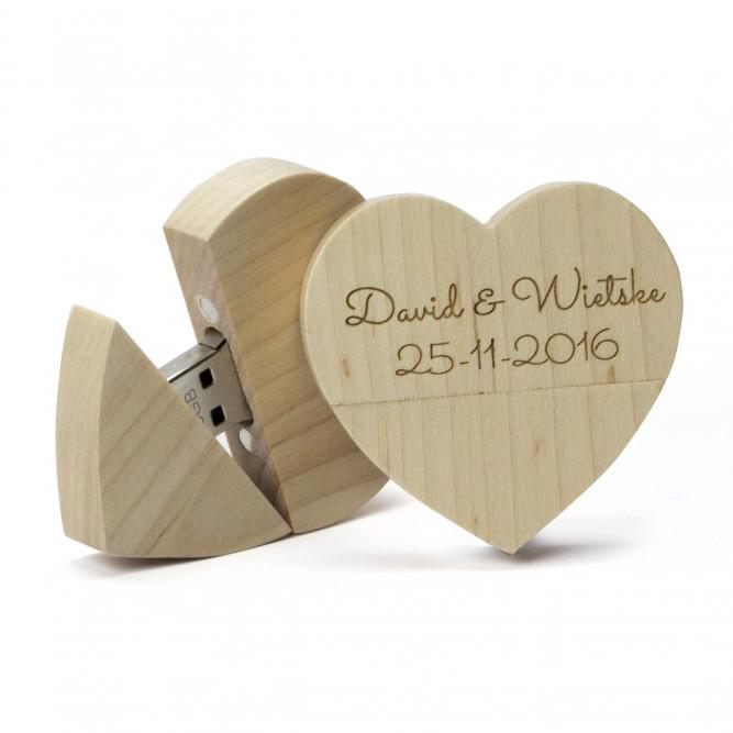 USB de madera corazón