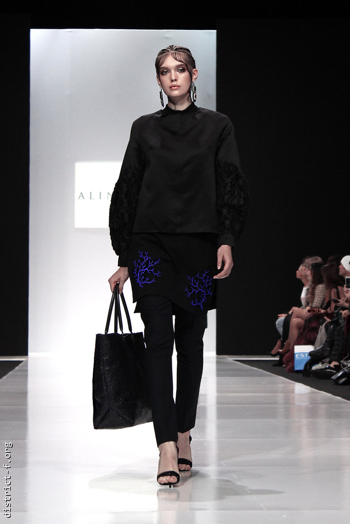 DISTRICT F - MFW SS18 - MOSCOW FASHION WEEK - ALINA ASSI qaz