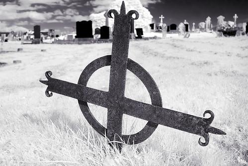 Sunken cross (IR)
