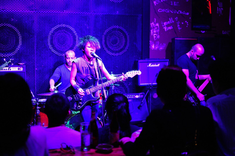Live music in Ho Chi Minh City - Photo by Sam Sherratt