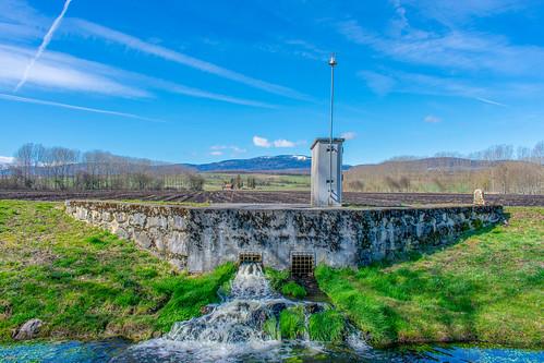 Canal d'Entreroches, Bavois