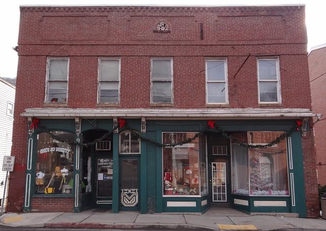 Shops Lonaconing, MD2
