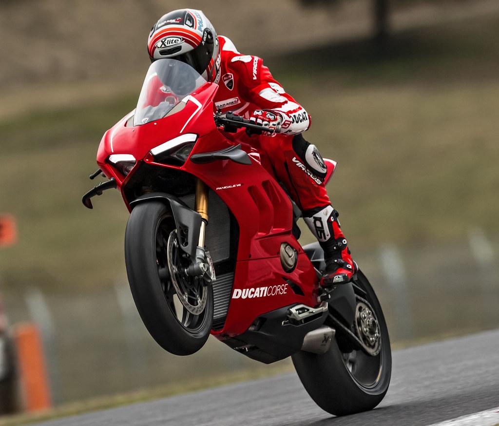 Ducati 1000 Panigale V4 R 2019 - 22