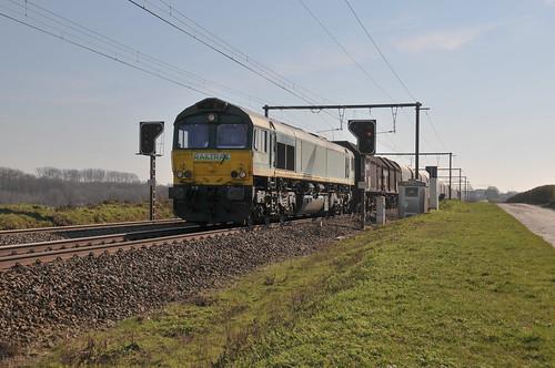 Railtraxx 266 031 s'Herenelderen 22.03.2019