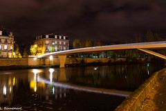 La passerelle - Photo of Pernant