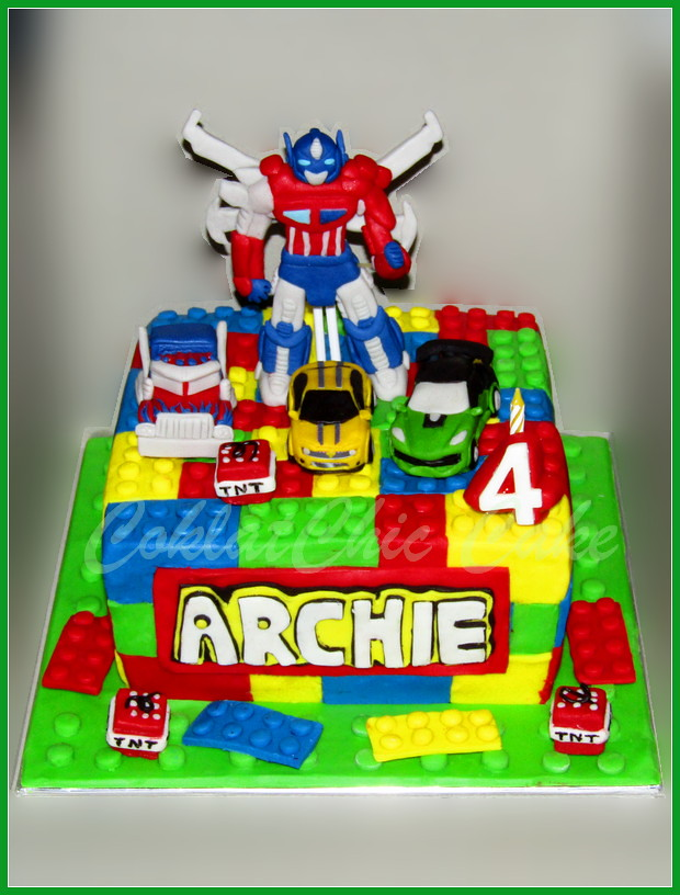 Cake Lego The Transformers ARCHIE  18 cm
