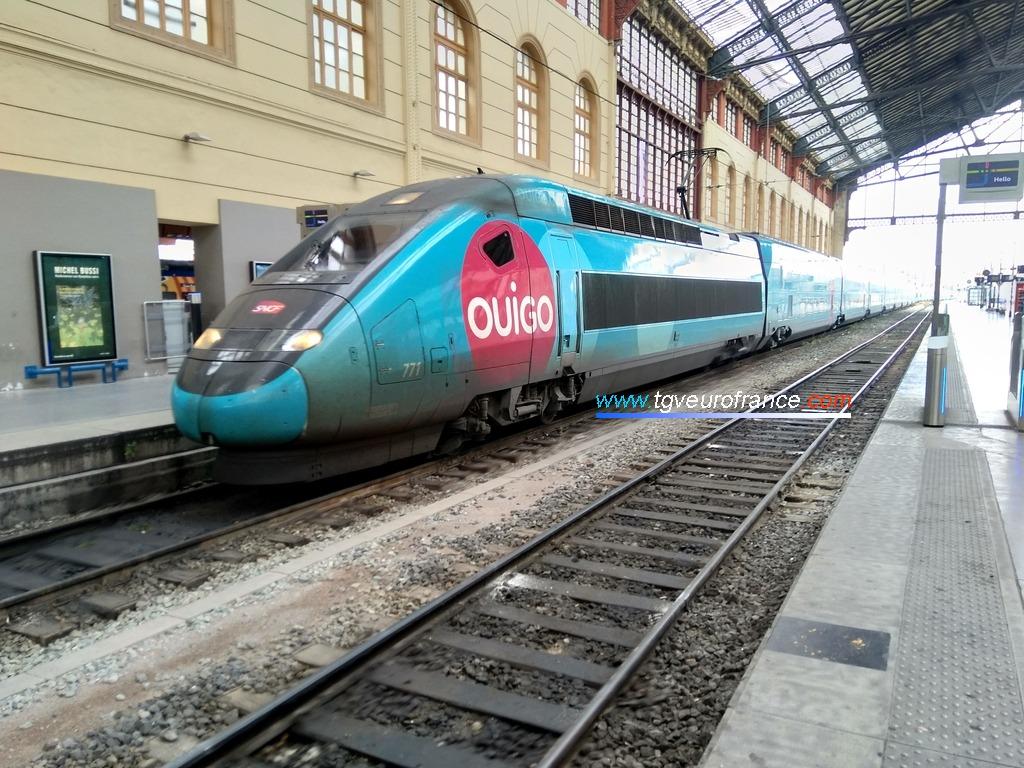 Une rame à grande vitesse SNCF (TGV Dasye 771 Alstom Transport) assurant la liaison commerciale 7831 Ouigo