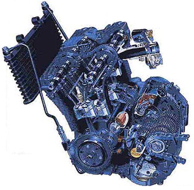 Suzuki 750 GSX-R 1985 - 11