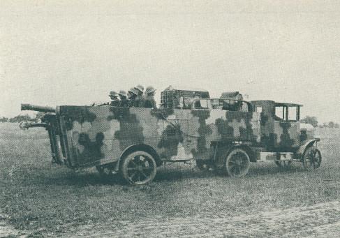 Laurin-and-Klement-550-carries-Breitfeld-Danek-tractor-and-10-cm-howitzer-M14-19-dsa-1