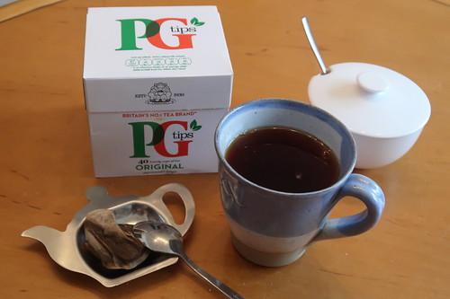 Mit PG Tips zubereiteter Schwarzer Tee (gezuckert)