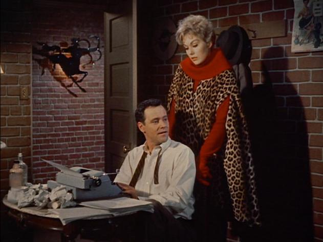 Кадр из фильма Колокол, книга и свеча (1958)