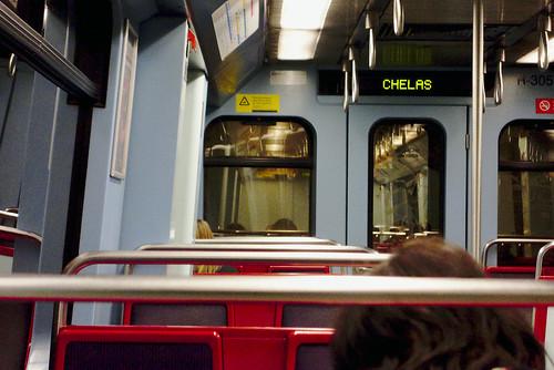 Late day commutes  #portugal #commute #street #lisbon #t3mujinpack