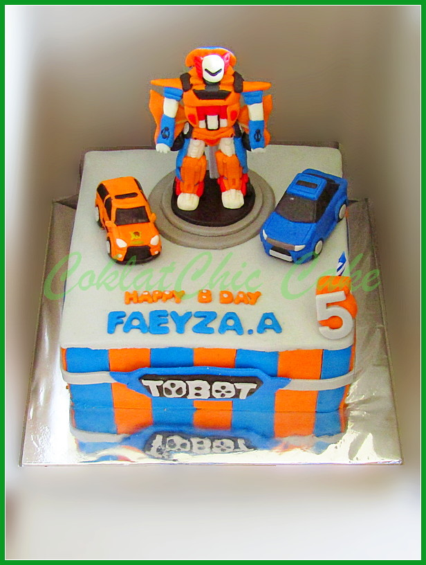 Cake Tobot FAEYZA 20cm