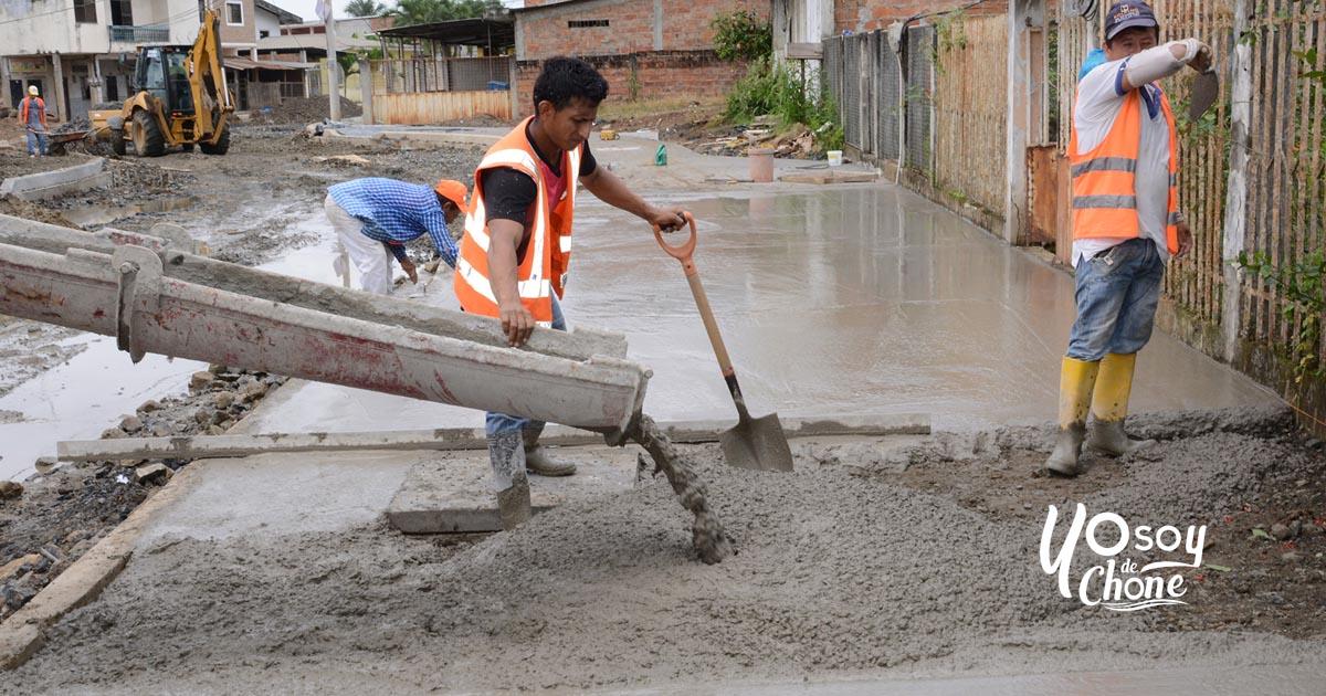 Mejoramiento vial llena de alegría a habitantes de La Alborada