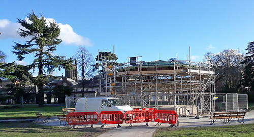 Leamington bandstand under restoration