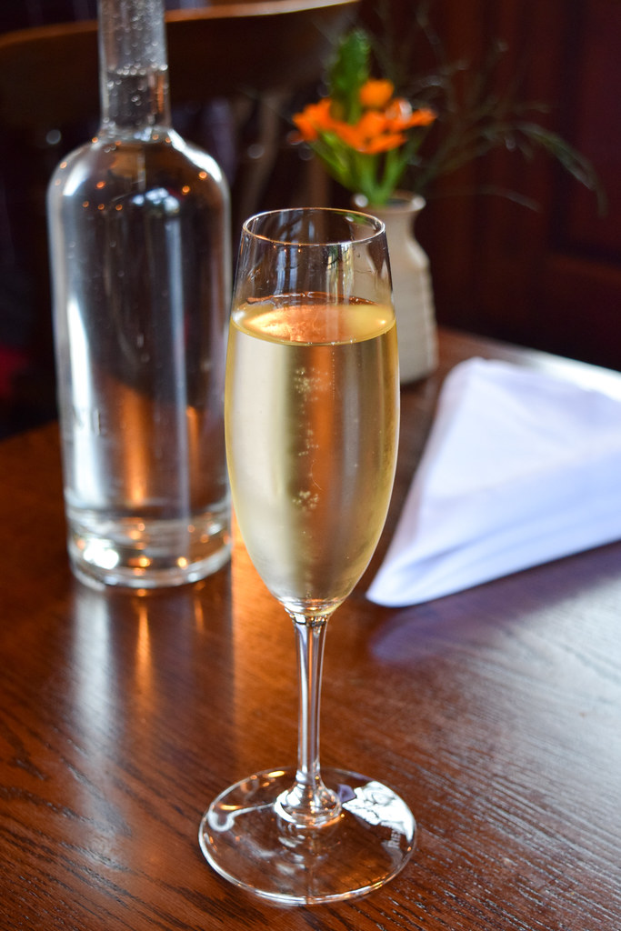Gusbourne English Sparkling Wine at the Fordwich Arms, Canterbury
