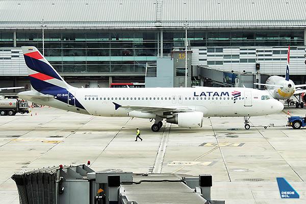 LATAM A320 BOG (Nicolás Sánchez)
