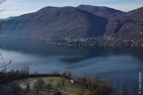 Le Lago di Lugano vu depuis Castellaccio, au-dessus de Casoro (Ticino); en face, Brusimpiano (I) (27/12/2018 -02)