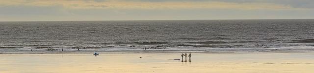 Surfing, Nikon D2X, AF Zoom-Nikkor 35-70mm f/3.3-4.5