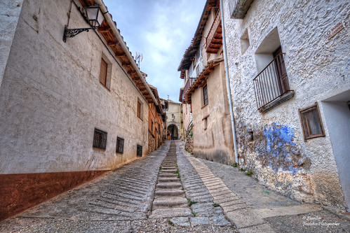 Bajada del Carmen. Peñarroya de Tastavins (Comarca del Matarraña). Teruel