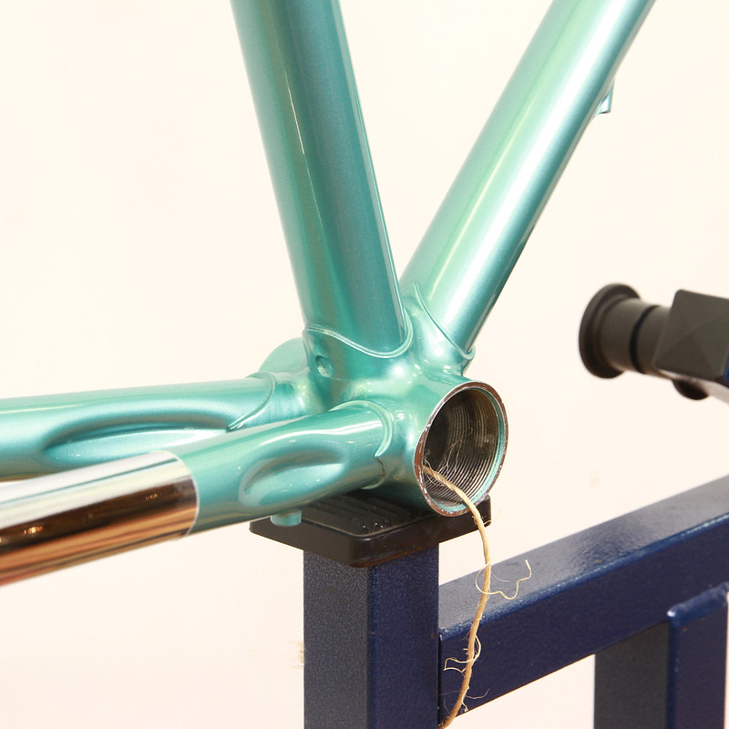 KINFOLK Frame & Fork Handmade in Kanagawa Painted by Swamp.