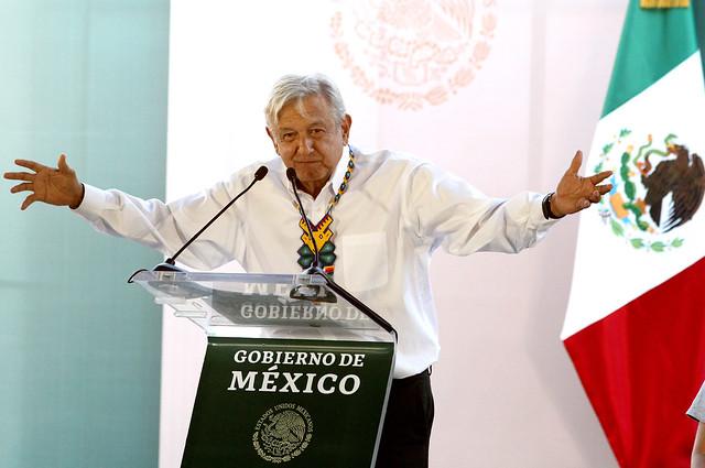 O líder progressista do partido Morena, Andrés Manuel López Obrador (AMLO), tomou posse em dezembro de 2018  - Créditos: Foto: Ulises Ruiz/AFP