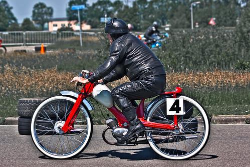 NSU Racer (8499)