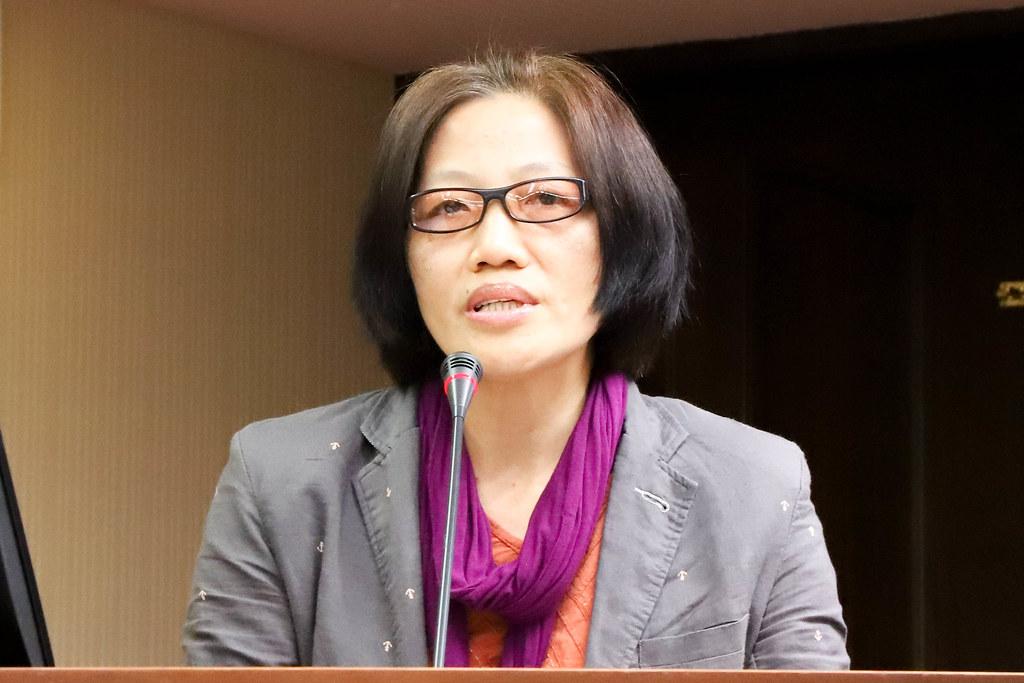 宜蘭縣漁工職業協會秘書長李麗華表示台灣外籍漁工勞權有待改善