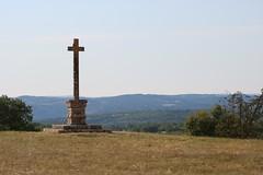 La croix de Bournac, en limite des communes de Martiel et de  Salvagnac-Cajarc - Photo of Saint-Jean-de-Laur