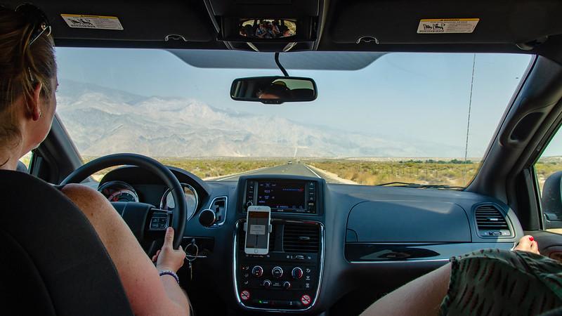 Sur la route vers la Vallée de la Mort