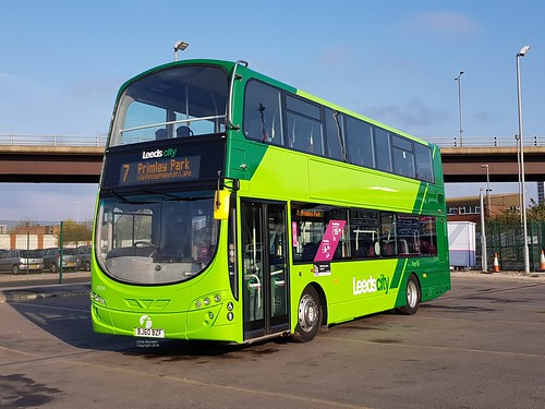 Variations On A Green... Leeds City BJ60 BZF ( 39206 )