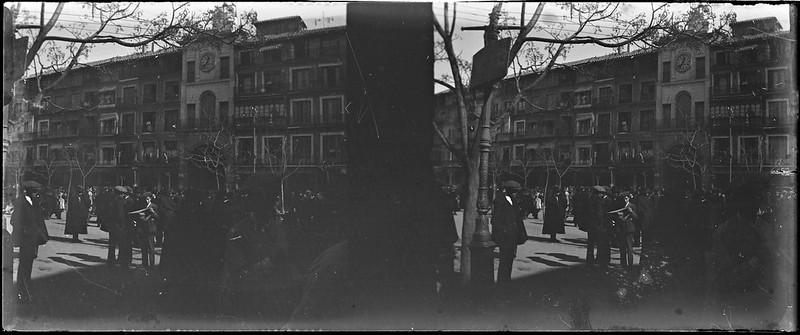 Plaza de Zocodover de Toledo el 24 de febrero de 1918. Fotografía de Carles Batlle Ensesa © Ajuntament de Girona. CRDI (Carles Batlle Ensesa)