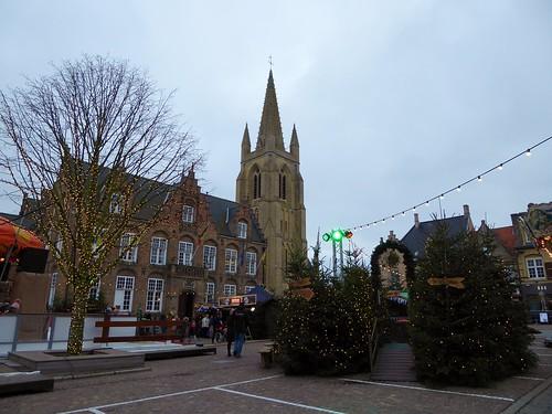Stadshallen en Marktplein, Nieuwpoort