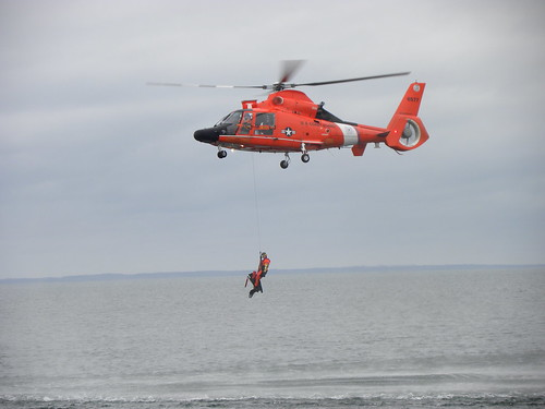 Balcom_helicopter_rescue at sea