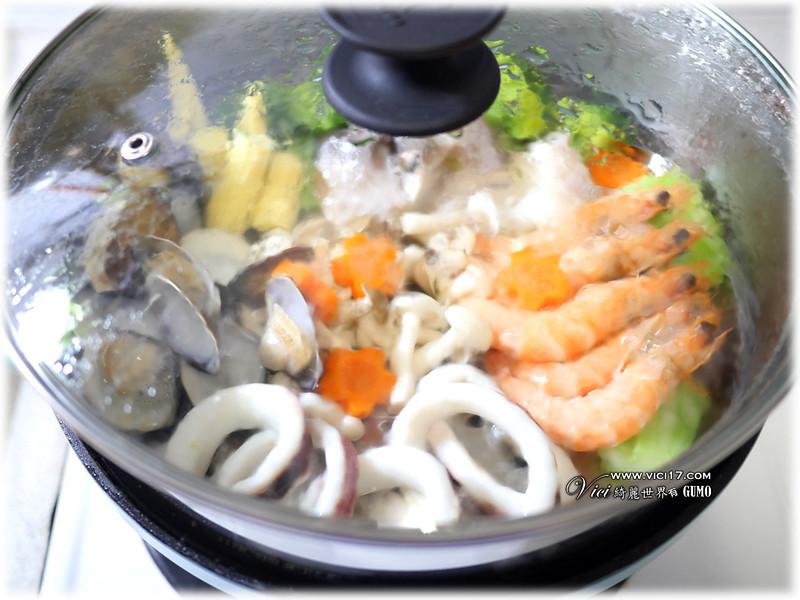 薑黃雞湯蒸海鮮045