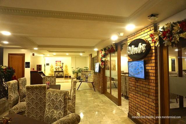 Villa Caceres Hotel Rolando's Restaurant