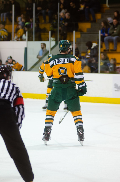 Golden Bears Hockey (01/18/19) Richard Bagan