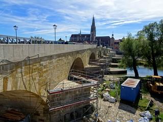 Sanierung der Steinernen Brücke...