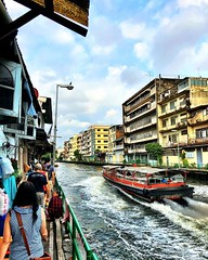 #urbanhike along the #khlong in #chinatownbangkok