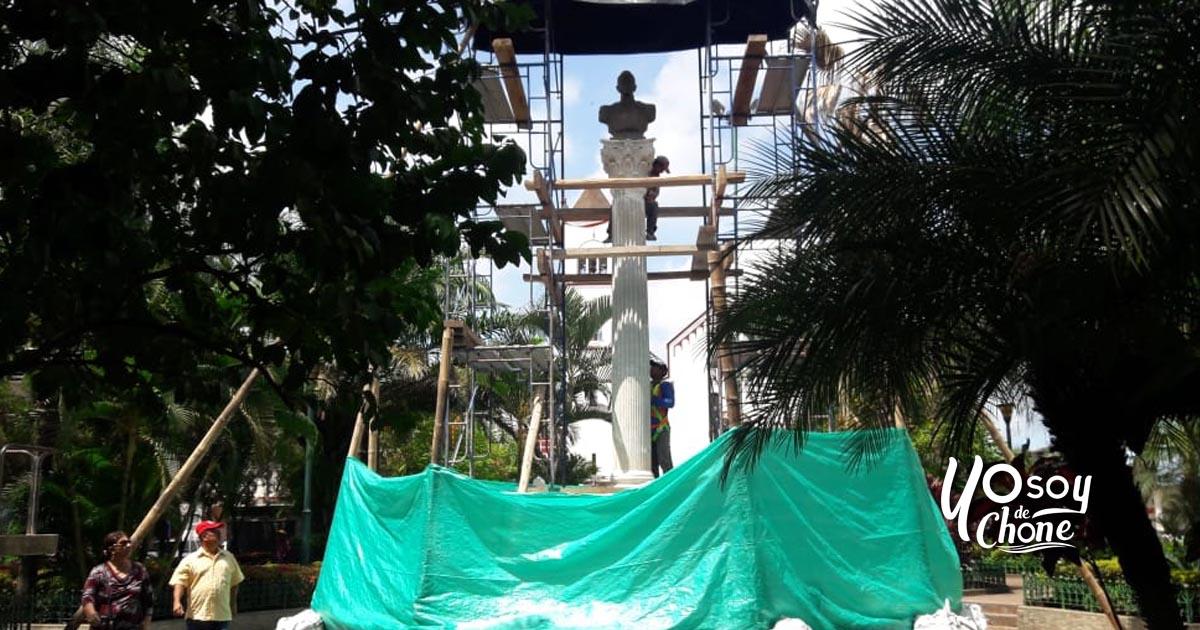 Busto de Antonio José de Sucre retornó al parque central