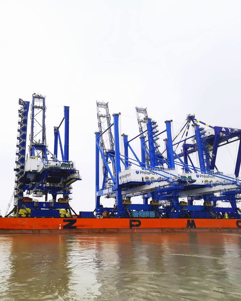 PhilaPort Receives Second Wave of Super Post-Panamax Cranes