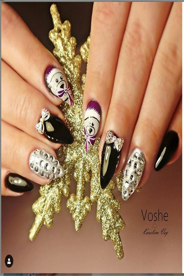 30+ Majestic Nail Art With Diamonds Trends 2019 #nail_art_designs #winter_nails #diamonds_nails