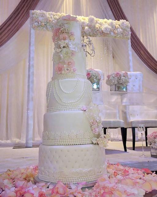 Wedding Cake by Kraving Something Sweet