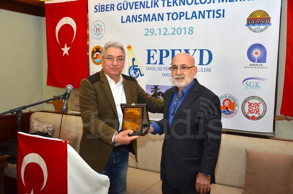 Servet Sipahioğlu, Osman Ünsal