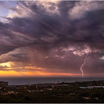 6. Veebruar 2019 - 19:39 - Sunset lightning. A shot of a nice little storm that crossed the coast just after sunset. Fremantle, Western Australia www.cloudtogroundimages.com