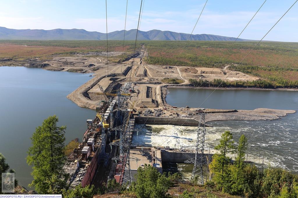 РусГидро запустила третий гидроагрегат Усть-Среднеканской ГЭС