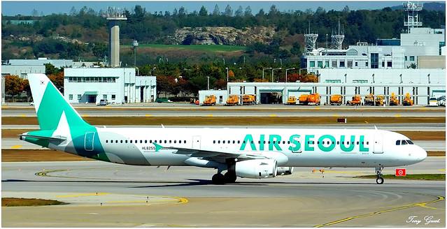 HL8255   Airbus A321-231   Air Seoul.