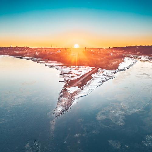spring winter river nemunas neris sun sunrise old town morning frozen kaunas lithuania lietuva europe l1d20c hasselblad dronas 2019 djieurope drone aerialphotography dji mavic pro djiglobal 2 mavic2 mavic2pro djimavic2pro mavicpro2 birdseye 365days 3652019 365 project365 53365