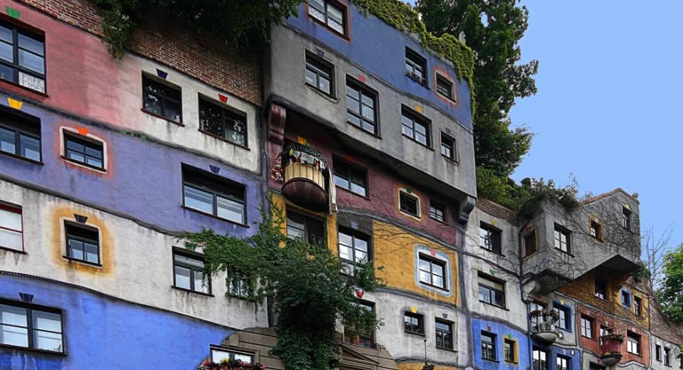 Wenen bezienswaardigheden: Hundertwasserhaus | Mooistestedentrips.nl